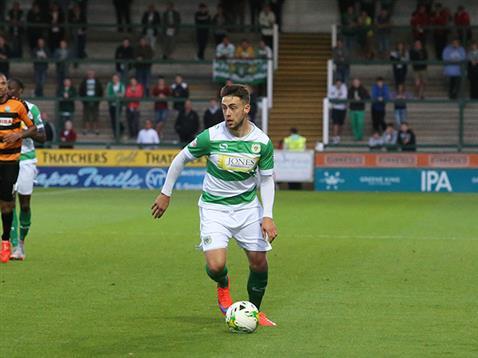 Jack Compton scoret kveldens første mål. Desverre var ikke det nok for Yeovil Town.